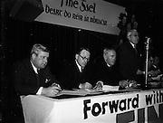 17/02/1953<br /> 02/17/1953<br /> 17 February 1953<br /> Fine Gael Ard Fheis at the Mansion House, Dublin. The Ard Fheis in progress.