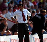 Photo: Charlie Crowhurst.<br />Brentford v Nottingham Forest. Coca Cola League 1. 14/04/2007. Forest manager Colin Calderwood.