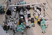 MOTORSPORT - F1 2014 - GRAND PRIX OF MALAYSIA  - SEPANG (MAL) - 28 TO 30/03/2014 - <br /> HAMILTON LEWIS (GBR) - MERCEDES GP MGP W05 - ACTION<br /> CHANGEMENT DE PNEUS - TIRES CHANGE