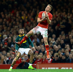 Gareth Anscombe of Wales claims the high ball<br /> <br /> Photographer Simon King/Replay Images<br /> <br /> Under Armour Series - Wales v South Africa - Saturday 24th November 2018 - Principality Stadium - Cardiff<br /> <br /> World Copyright © Replay Images . All rights reserved. info@replayimages.co.uk - http://replayimages.co.uk