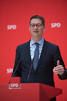 DEU, Deutschland, Germany, Berlin, 21.03.2016: Der stellvertretende SPD-Vorsitzende Thorsten Schäfer-Gümbel bei einer Pressekonferenz im Willy-Brandt-Haus.