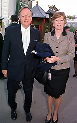 MR & MRS ANDREW PARKER BOWLES, he is the <br /> former husband of Camilla Parker Bowles, at the <br /> Chelsea Flower show in London on 22nd May 2000.<br /> OEJ 83<br /> © Desmond O'Neill Features:- 020 8971 9600<br />    10 Victoria Mews, London.  SW18 3PY <br /> www.donfeatures.com   photos@donfeatures.com<br /> MINIMUM REPRODUCTION FEE AS AGREED.