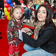NLD/Rotterdam/20110401 - Premiere Disney on Ice 2011, Kim Lian van der Meij en