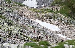 25.07.2015, Rodolfshütte, Uttendorf, AUT, Grossglockner Ultra Trail, 50 km Berglauf, im Bild Läufer beim Anstieg zum Kalser Tauern // runners ascent during the Grossglockner Ultra Trail 50 km Trail Run from Kals arround the Grossglockner to Kaprun. Uttendorf, Austria on 2015/07/25. EXPA Pictures © 2015, PhotoCredit: EXPA/ Johann Groder