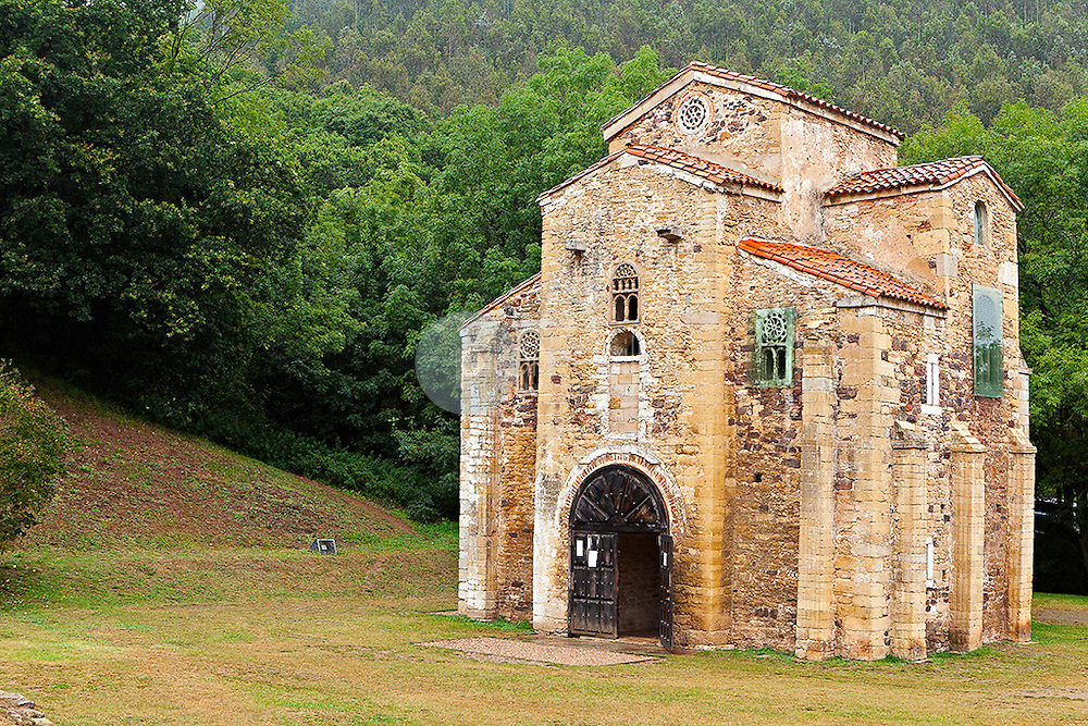San Miguel de Lillo<br />  Principado de Asturias. España. Europa ©Country Sessions / PILAR REVILLA