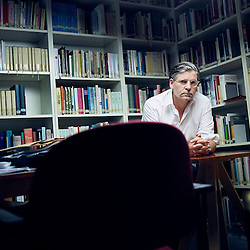 Vienna, Austria. September 12, 2016. Philosopher Jan-Werner Muller posing in his office at the<br /> Institute of Human Sciences, Vienna where he is a visiting fellow. Photo: Antoine Doyen