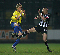 Photo: Paul Thomas.<br /> Notts County v Hereford United. Coca Cola League 2. 22/12/2006.<br /> <br /> Alan Connell (L) of Hereford and Gary Silk.