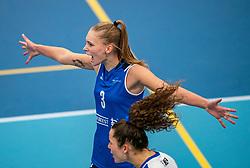 Kirsten Wessels #3 of Sliedrecht Sport in action during the supercup semifinal between VC Sneek and Sliedrecht Sport on October, 03 2020 in Van der Knaaphal, Ede