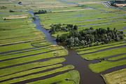 Nederland, Noord-Holland, Schermer, 14-07-2008; Eilandspolder voormalig veeneiland tussen de toenmalige meren Schermer en Beemster; het grillige landschap van de Eilandspolderis ontstan door drainage en vervening (winnen van turf); de Eialndspolder is in gebruik als weide- en hooiland; beschermd natuurgebied voor water- en weidevogels, nat grasland en moeras; watervogel*. .luchtfoto (toeslag); aerial photo (additional fee required); .foto Siebe Swart / photo Siebe Swart