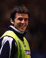 Photo: Paul Greenwood.<br />England v Spain. International Friendly. 07/02/2007. A smile for the fans from substitute Joey Barton