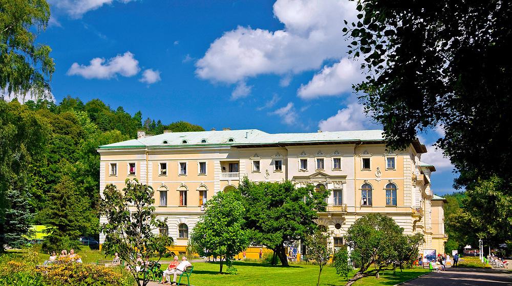 Sanatorium Stary Dom Zdrojowy, Krynica Zdrój, Polska<br /> Health resort Stary Dom Zdrojowy, Krynica Zdrój, Poland