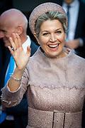 Koningin Maxima is bij het jubileumcongres van CNV Vakmensen. De vakbond viert dit jaar zijn 125-jarig bestaan. <br /> <br /> Queen Maxima attends the anniversary conference of CNV Vakmensen. The trade union is celebrating its 125th anniversary this year.