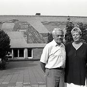 NLD/Huizen/19950823 - Beheerders Mw. Vos-Klijn en dhr. Lubbers Visnet Huizen