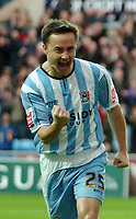 Photo: Ed Godden.<br />Coventry City v Derby County. Coca Cola Championship. 21/01/2006. <br />Dennis Wise celebrates after Stern John scores for Coventry.