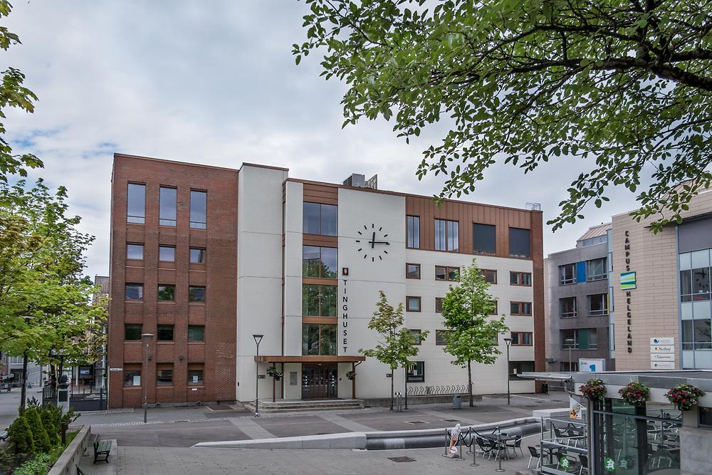 Rana tingrett er en førsteinstansdomstol i Hålogaland lagdømme. Domstolen har kontorsted i Mo i Rana i Nordland og rettskretsen omfatter kommunene Rana, Hemnes, Nesna, Lurøy, Træna og Rødøy.