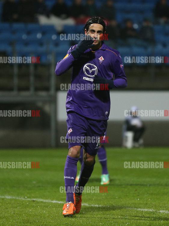 Alberto Aquilani (Fiorentina) jubler efter sin straffesparksscoring til 1-3.