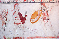 Lucanian fresco tomb painting of two soldiers in armour fighting. Paestrum, Andriuolo. Tomb 86 (330-320 BC ) .<br /> <br /> If you prefer to buy from our ALAMY PHOTO LIBRARY  Collection visit : https://www.alamy.com/portfolio/paul-williams-funkystock - Scroll down and type - Paestum Fresco - into LOWER search box. {TIP - Refine search by adding a background colour as well}.<br /> <br /> Visit our ANCIENT GREEKS PHOTO COLLECTIONS for more photos to download or buy as wall art prints https://funkystock.photoshelter.com/gallery-collection/Ancient-Greeks-Art-Artefacts-Antiquities-Historic-Sites/C00004CnMmq_Xllw