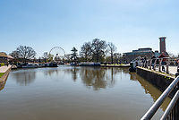 Day trippers and tourists head to Stratford upon Avon the home of Shakespeare as the sun comes out on Easter Sunday. The stay local guidance is still in force as Covid19 lockdown rules are begining to relax. Stratford and North Warwickshire are seeing an increase in Covid19 infections which is against the trend of the area.