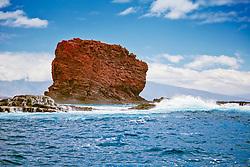 Puu Pehe aka Sweetheart Rock, Hulopoe Bay, South Lanai, Lanai aka Pineapple Island because of its past as an island-wide pineapple plantation of Dole, the sixth-largest island of the Hawaiian Islands, Hawaii, USA, Pacific Ocean