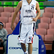 Efes Pilsen's Bostjan NACHBAR during their Turkish Basketball league match Efes Pilsen between Antalya BSB at the Ayhan Sahenk Arena in Istanbul Turkey on Wednesday 21 April 2010. Photo by Aykut AKICI/TURKPIX