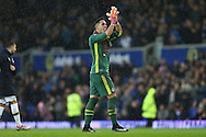 Everton Goalkeeper Joel Robles applauds the fans at the final whistle.  Premier league match, Everton v Manchester City at Goodison Park in Liverpool, Merseyside on Sunday 15th January 2017.<br /> pic by Chris Stading, Andrew Orchard sports photography.