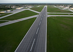 Runway 27L at KSBN<br /> <br /> Photo by Matt Cashore..Use of this image prohibited without authorization and/or compensation..To contact Matt Cashore:.574.220.7288.574.233.6124.cashore1@michiana.org.www.mattcashore.com