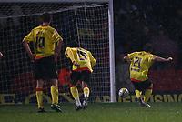 Photo: Richard Lane/Richard Lane Photography. Watford v Blackpool. Coca Cola Championship. 01/11/2008. Tommy Smith (R) strokes home the penalty