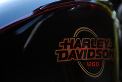 08 August 2005:   Harley Davison Sportster motorcycle