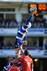 Dave Attwood of Bath Rugby rises high to win lineout ball - Photo mandatory by-line: Patrick Khachfe/JMP - Mobile: 07966 386802 25/10/2014 - SPORT - RUGBY UNION - Bath - The Recreation Ground - Bath Rugby v Toulouse - European Rugby Champions Cup