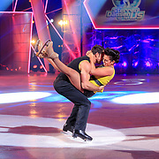 NLD/Hilversum/20130126 - 5e Liveshow Sterren Dansen op het IJs 2013, Laura Ponticorvo en Joel Geleynse