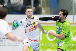 03.02.2017, BSFZ Suedstadt, Maria Enzersdorf, AUT, HLA, SG INSIGNIS Handball WESTWIEN vs HC FIVERS WAT Margareten, HLA Oberes Playoff, 1. Runde, im Bild Vytautas Ziura (HC FIVERS WAT Margareten), Erwin Feuchtmann Perez (SG INSIGNIS Handball WESTWIEN) // during Handball League Austria, upper play off, 1 st round match between SG INSIGNIS Handball WESTWIEN and HC FIVERS WAT Margareten at the BSFZ Suedstadt, Maria Enzersdorf, Austria on 2017/02/03, EXPA Pictures © 2017, PhotoCredit: EXPA/ Sebastian Pucher