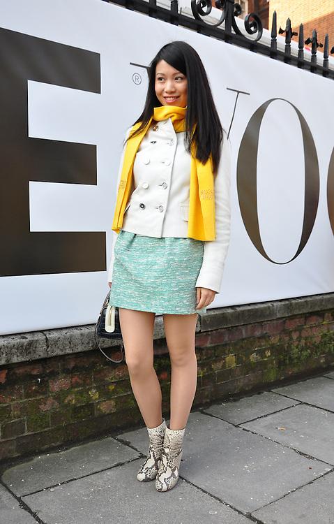 Street fashion during the Vogue Festival 2012. London, UK. 20/04/2012 Ady Van de Plas/CatchlightMedia