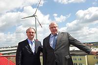 DEU, Deutschland, Germany, Magdeburg, 20.07.2012:<br />Bundesumweltminister Peter Altmaier (R) (CDU) und der Ministerpräsident von Sachsen-Anhalt Reiner Haseloff (L) (CDU) nach einer Pressekonferenz auf dem Dach des Firmengebäudes des Windenergieanlagenherstellers ENERCON GmbH in Magdeburg.