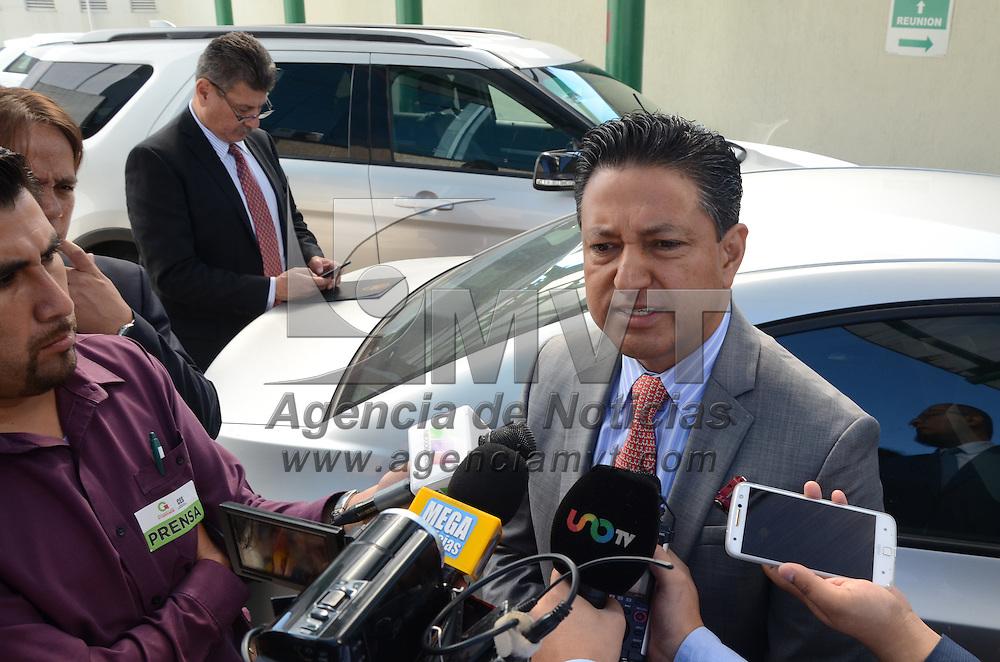 Toluca, México (Octubre 19, 2016).- Eduardo Valiente, Comisionado Estatal de Seguridad Ciudadana, Encabezó la Primer Reunión de Unidades Jurídicas Municipales, en el marco del mando único. Agencia MVT / Arturo Hernández.