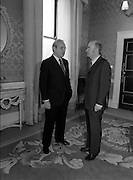 1983-04-07.7th April 1983.07-04-1983.04-07-83..Photographed at Áras an Uachtaráin..President of Ireland welcomes UN Secretary General to Áras an Uachtaráin..Fom Left: ..UN Secretary General Perez de Cuellar.President Patrick Hillery .