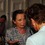Opening Parc Spelderholt Beekbergen, Rita Kok - Roukema in gesprek met Janine van den Ende