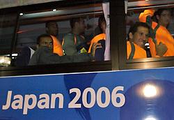 A equipe do S.C. Internacional, chega no ônibus para treinar em Tókio, Japão. FOTO: Jefferson Bernardes/Preview.com