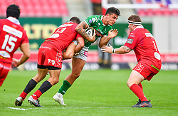 Luca Morisi of Benetton Treviso is tackled by Kieron Fonotia of Scarlets<br /> <br /> Photographer Craig Thomas/Replay Images<br /> <br /> Guinness PRO14 Round 3 - Scarlets v Benetton Treviso - Saturday 15th September 2018 - Parc Y Scarlets - Llanelli<br /> <br /> World Copyright © Replay Images . All rights reserved. info@replayimages.co.uk - http://replayimages.co.uk