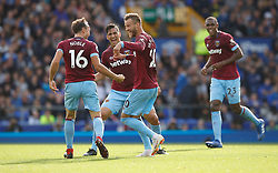 West Ham United's Andriy Yarmolenko (second right) celebrates scoring his side's second goal of the game with team-mates Mark Noble (left) and Fabian Balbuena