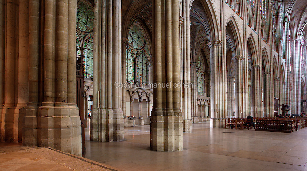 Nave and ambulatory, 12th century, Abbey church of Saint Denis, Seine Saint Denis, France. Picture by Manuel Cohen