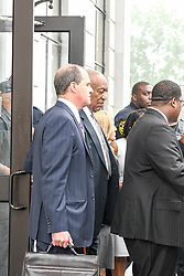 June 17, 2017 - Norristown, Pennsylvania, U.S - BILL COSBY, walks out of the court house in Montgomery Count a free man after the judge declared a mistrial in his sexual assault trial (Credit Image: © Ricky Fitchett via ZUMA Wire)