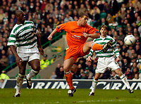 Photo. Jed Wee, , Digitalsport<br /> Glasgow Celtic v Dundee United, Scottish Premier League, Celtic Park, Glasgow. 14/02/2004.<br /> Dundee United's Alan Archibald puts Dundee United into a shock lead.