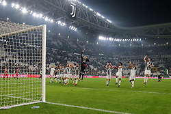 October 25, 2017 - Turin, Italy - Juventus players celebrate the victory for 4-1 against SPAL 2013 after the Serie A football match on 25 October 2017 at Allianz Stadium in Turin, Italy. (Credit Image: © Massimiliano Ferraro/NurPhoto via ZUMA Press)