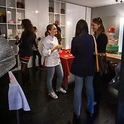 Fuorisalone edizione 2012: gli eventi collaterali nelle vie centrali di Milano durante il salone internazionale del mobile. Le torte di Giada.<br /> <br /> Fuorisalone 2012 edition: the collateral events in Milan downtown streets during the international furniture show. Le Torte di Giada