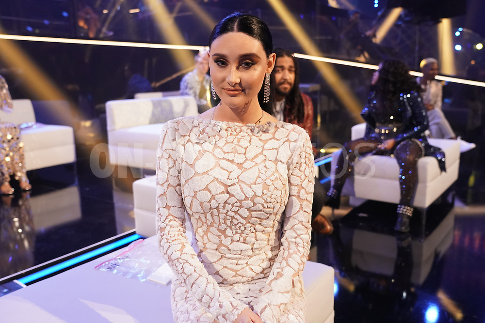 """AMERICAN IDOL – """"415 (The Comeback)"""" – A special episode of """"American Idol"""" featuring """"comeback contestants"""" airs MONDAY, APRIL 19 (8:00-10:00 p.m. EDT), on ABC. (ABC/Eric McCandless)<br /> MAKAYLA PHILLIPS"""