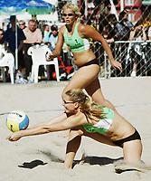 Volleyball, Sandvolleyball, World Tour Stavanger, Grand Slam, 29/06-05,<br />Cecilie Josefsen og Therese Lindblom,<br />Foto: Halvard Hofsmo, Digitalsport