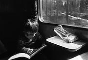 Åka tåg och läsa kartan