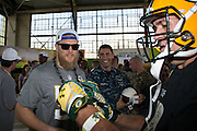 January 27 2016: Green Bay Packers Clay Matthews signs an autograph for a fan during the Pro Bowl Draft at Wheeler Army Base on Oahu, HI. (Photo by Aric Becker/Icon Sportswire)