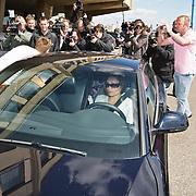 NLD/Noordwijk/20080520 - Voetballers melden zich voor trainingskamp Nederlands Elftal, Klaas Jan Huntelaar en partner Maddy