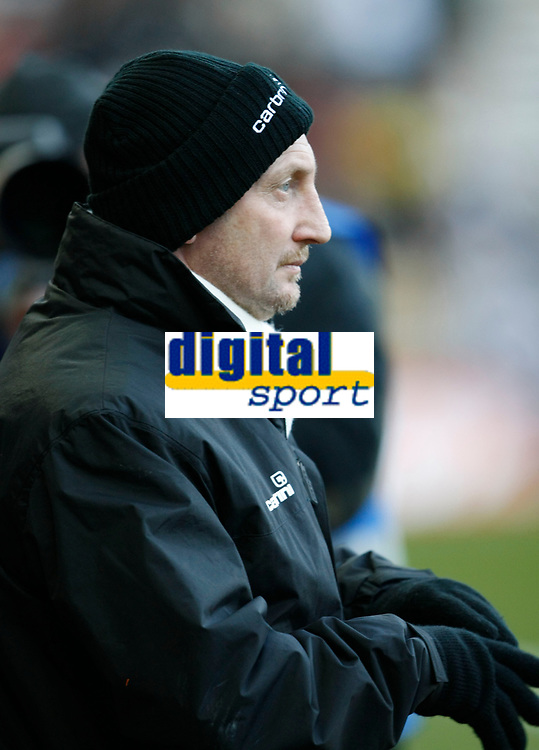 Photo: Steve Bond/Richard Lane Photography. Derby County v Blackpool. Coca-Cola Championship. 26/12/2009. Ian Holloway, dressed for the conditions